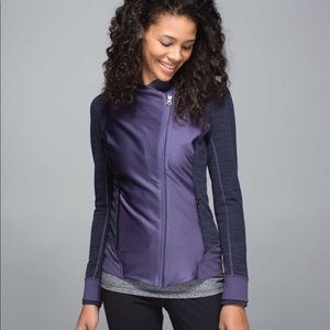 Lululemon Emerge Renewed Purple Jacket Size 6